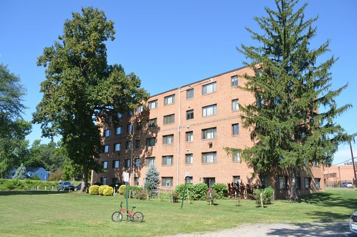 Multifamily Rental Building on Riverdale Road